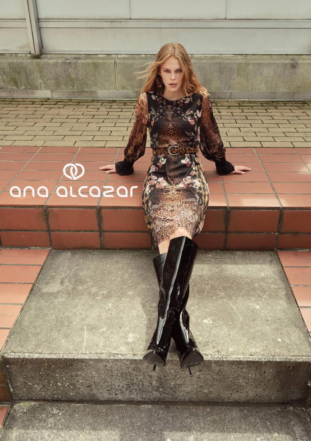Ana Alcazar Mode bei Veronika Bacher Galeriebild